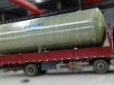 贵州厂家直销玻璃钢化粪池/污水处理设备/净水设备/水箱